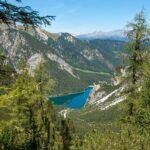 Der Aufstieg zum Seekofel   Ausblick zum Pragser Wildsee