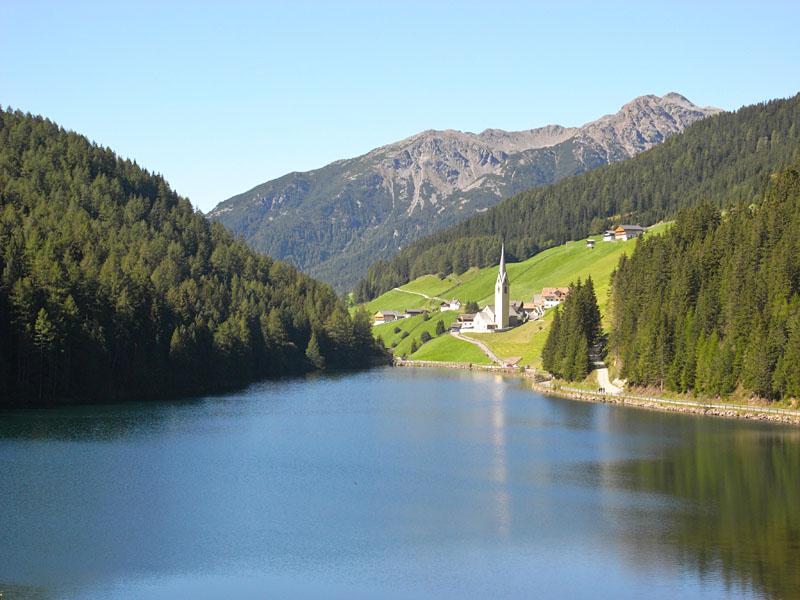 Durnholzersee bei Bozen in Südtirol