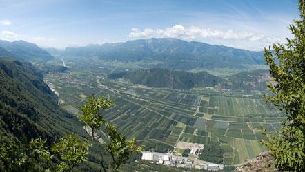 Blick von der Rotwand ins Südtiroler Unterland