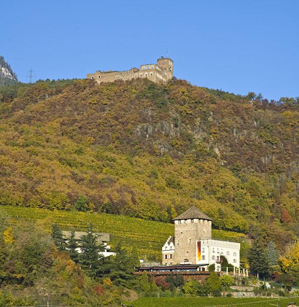 Schloss Korb und darüber Schloss Boymont
