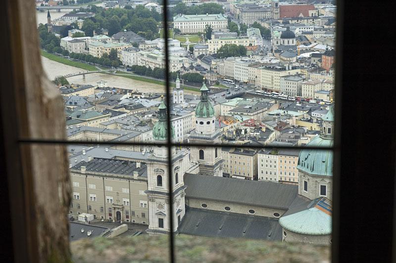 Blick aus dem Fenster der Feste Hohensalzburg