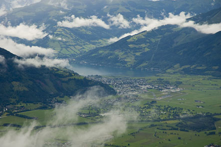 Blick zurück zum Zeller See und Schüttdorf