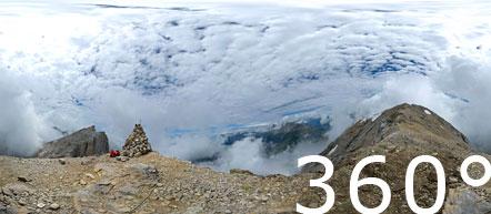360° Foto Latemar Spitze mit Blick auf den Latemarturm und den Rosengarten