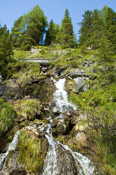 Die Vallesina Wasserfälle im Naturpark Adamello Brenta