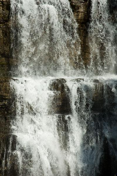 Die Vallesina Wasserfälle