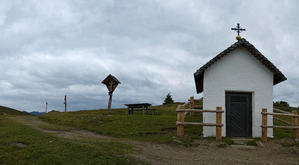 Die Bergkapelle Jakobsstöckl beim Wandern auf der Lüsner Alm
