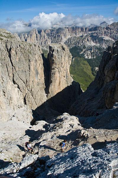 Beim Wandern in den Dolomiten