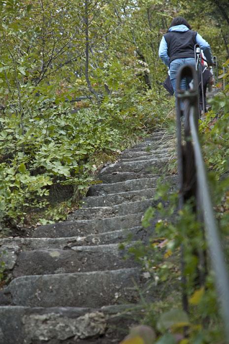 540 Steinstufen führen von Auer nach Aldein