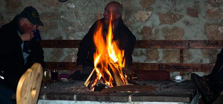 Offene Feuerstelle in der Felixer Alm