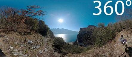 360° über dem Gardasee, wenige Minuten vom Staubecken und Stollen entfernt.