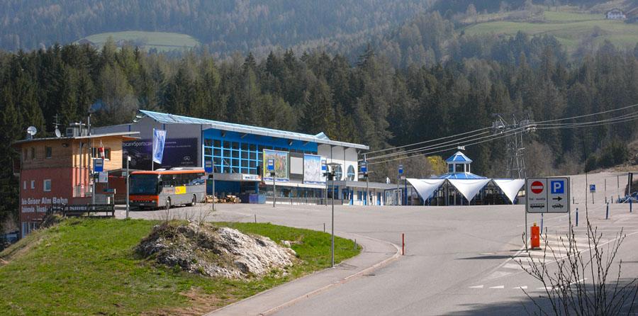 Die Talstation der Umlaufbahn Seis Seiser Alm