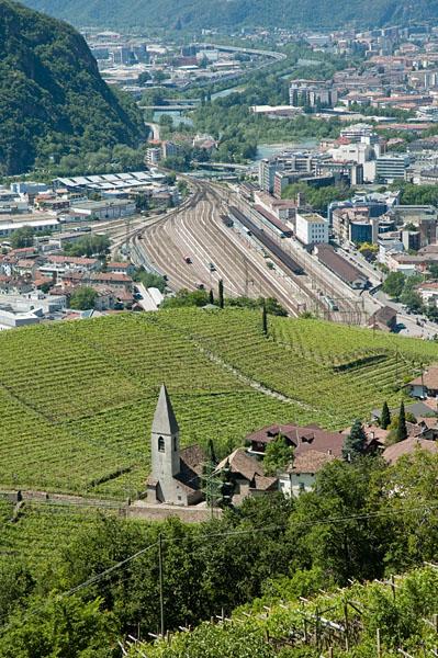 Blick über St. Magdalena auf Bozen