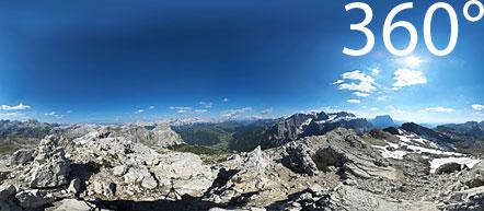 360° Kugelpanorama aufgenommen am Sass Ciampac. Herrlicher Ausblick auf alles was in den Dolomiten Rang und Namen hat.