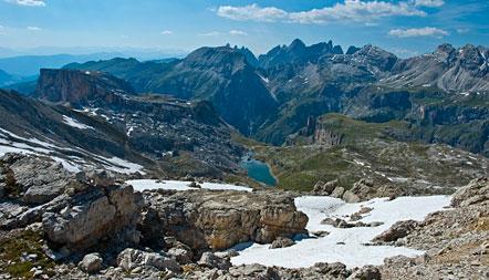 Im Herzen der Südtiroler Dolomiten: Naturpark Puez-Geisler mit Crespeina See.