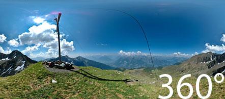 Auf der Hönigspitze über den Tallner Almen im Hirzergebiet