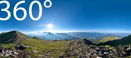 360° auf dem Schwarzhorn: ein herrlicher Blick auf das Fleimstal