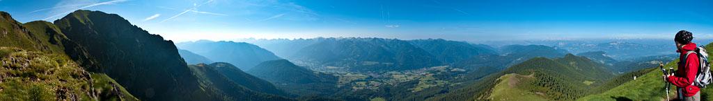 Bergpanorama über dem Fleimstal vom Schwarzhorn aus