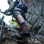 Über die Steigbügel im Burrone Klettersteig