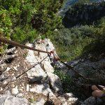 Sicherung beim Klettern im Klettersteig G. Falcipieri