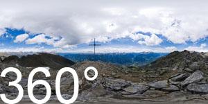 Auf dem Sonnenberg auf der Vermoi Spitze.