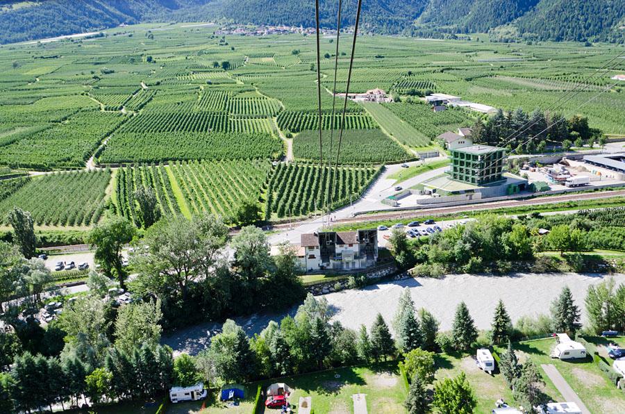 Taken at Latitude/Longitude:46.621612/10.866071. 0.91 km North East Latsch Trentino Alto Adige Italy  (Map link)