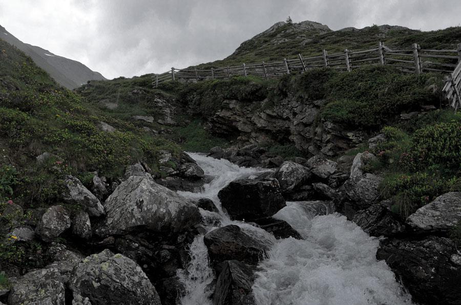 Im urigen Ultental kurz vor der Oberweissbrunn Alm und kurz vor einem Wolkenbruch