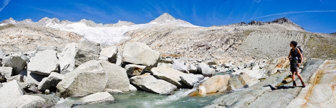 Der Ursprungbach entspringt am Neves Gletscher unter dem Großen Möseler und braust tosend zum Neves Stausee runter.