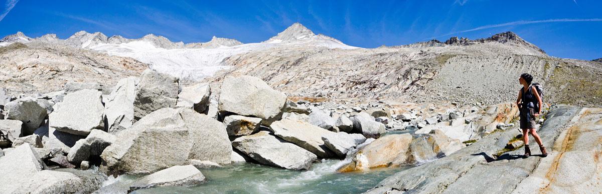 Der Ursprungbach entspring am Neves Gletscher unter dem Großen Möseler und braust tosend zum Neves Stausee runter.