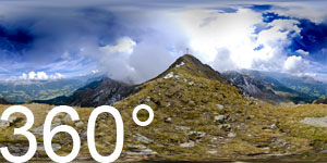 Blick vom Hochwart hinunter ins Ultental mit Zoggler Stausee