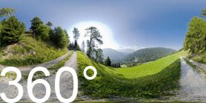 Lärchenwiese bei Frondeign mit Gasthof Kurterhof