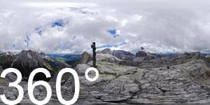 Auf dem Gipfel der Oberbachernspitze