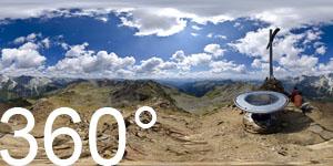 Panoramatisch am Gipfel der Antholzer Rotwand