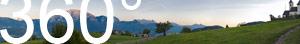 Neben dem Kirchlein Maria Saal: Blick auf die Dolomitengipfel bei Sonnenuntergang.