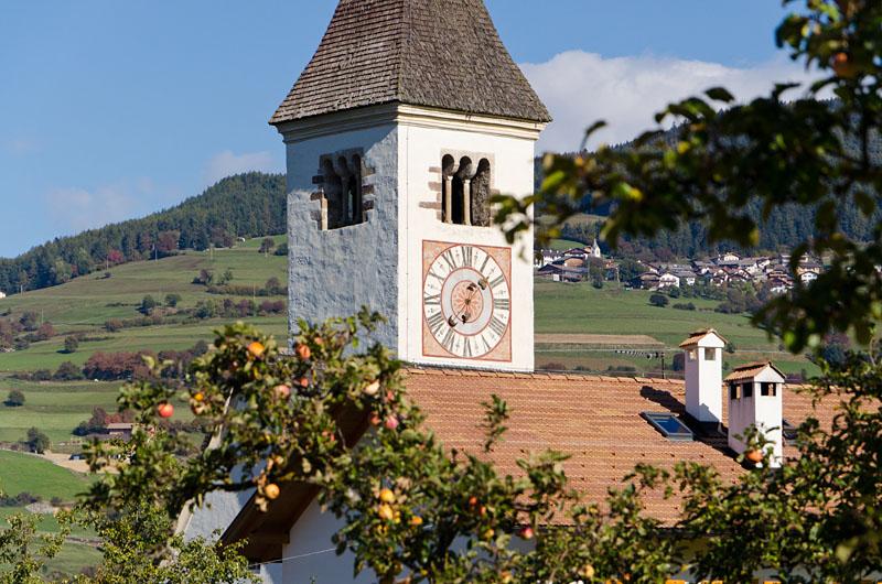 Kirche Tagusens 01