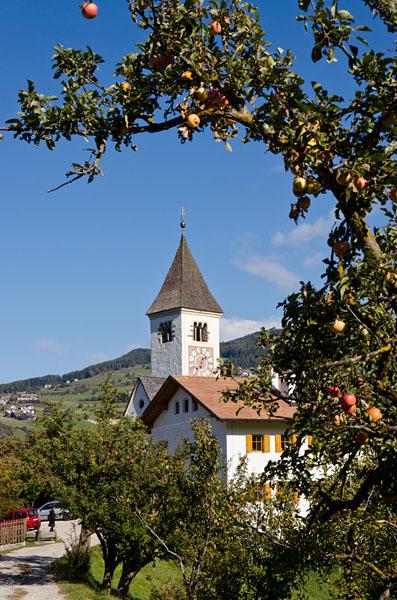Kirche Tagusens 02