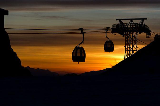 Sonnenuntergang auf der Seiser Alm bei der Kabinenumlaufbahn