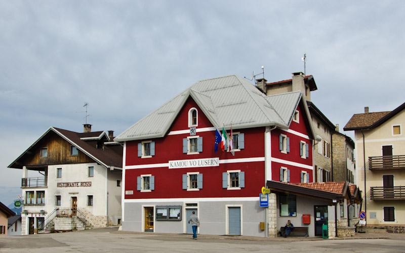 Hauptplatz Lusern