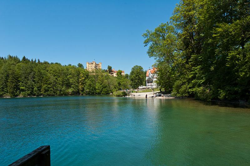 Schloss Hohenschwangau mit Alpsee