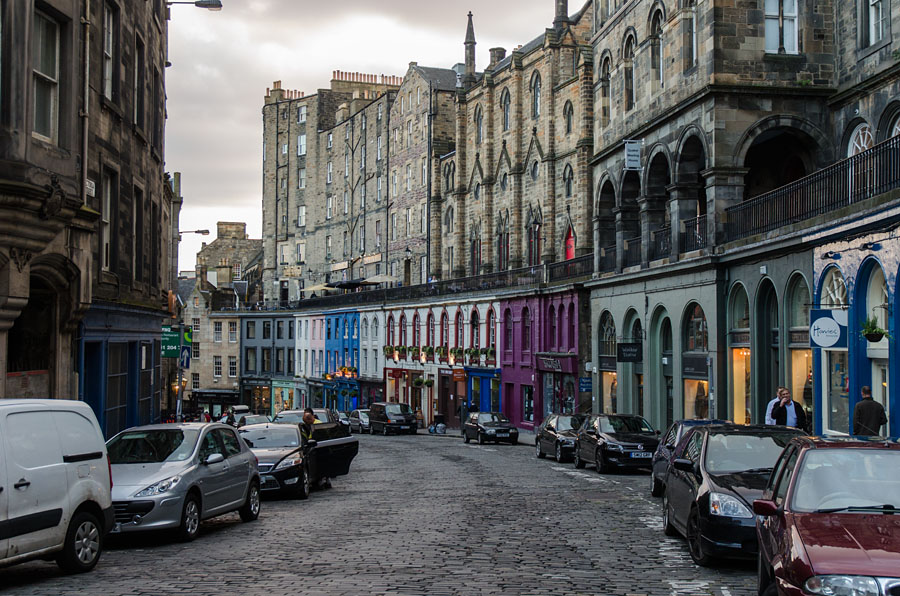 Die Victoria Street in Edinburgh