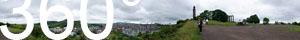 Blick vom Calton Hill in Richtung Süden und Westen: Edinburgh Neustadt und Altstadt, dahinter der Holyrood Park mit Arthur's Seat.