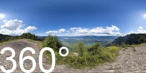 360° Blick vom Lawinenspitz auf das Überetsch mit Kalterer See360° Blick vom Lawinenspitz auf das Überetsch mit Kaltern und Kalterer See