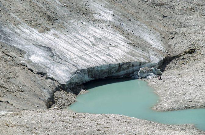 Gletschersee unter dem Gletscher der Fradusta in der Palagruppe