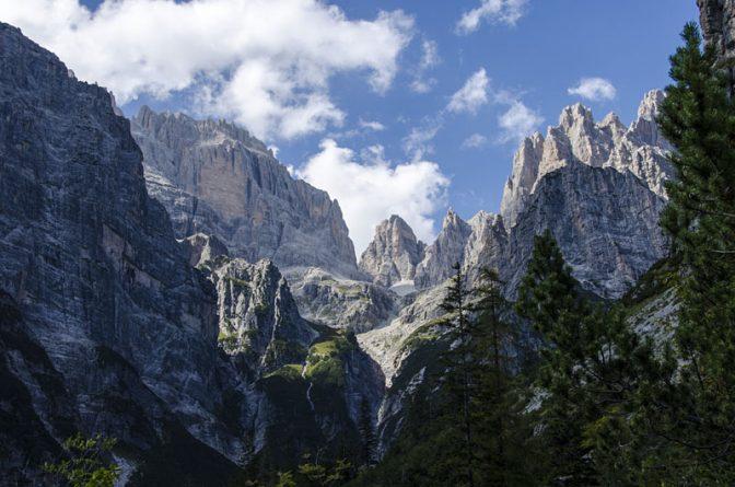 Brenta Dolomiten am Ende des Valle delle Seghe