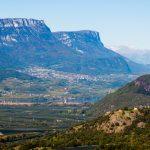 Blick über Castelfeder zum Kalterer See