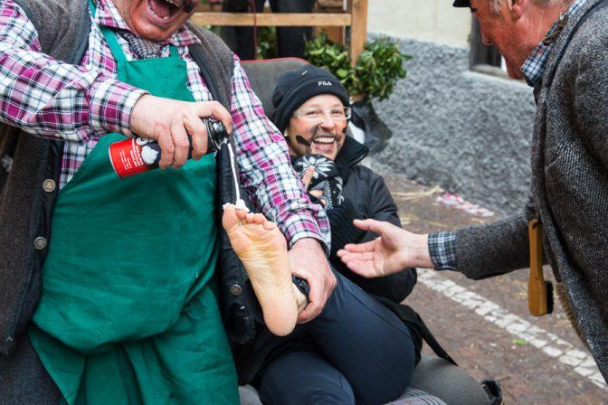 Fußmassage mit Massage-Creme