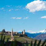 Panoramabild im Frühling: Tramin/Südtirol