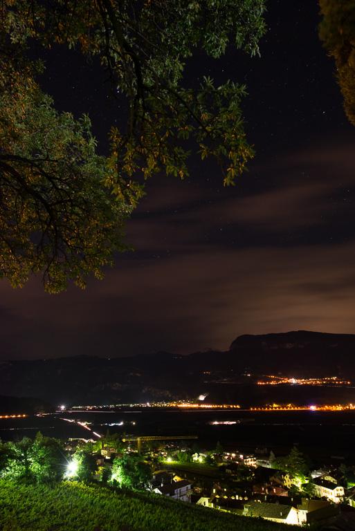 Blick zum Weißhorn bei Nacht