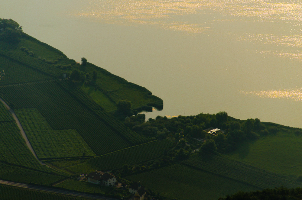 Blick auf den Camping am Kalterer See vom Göller