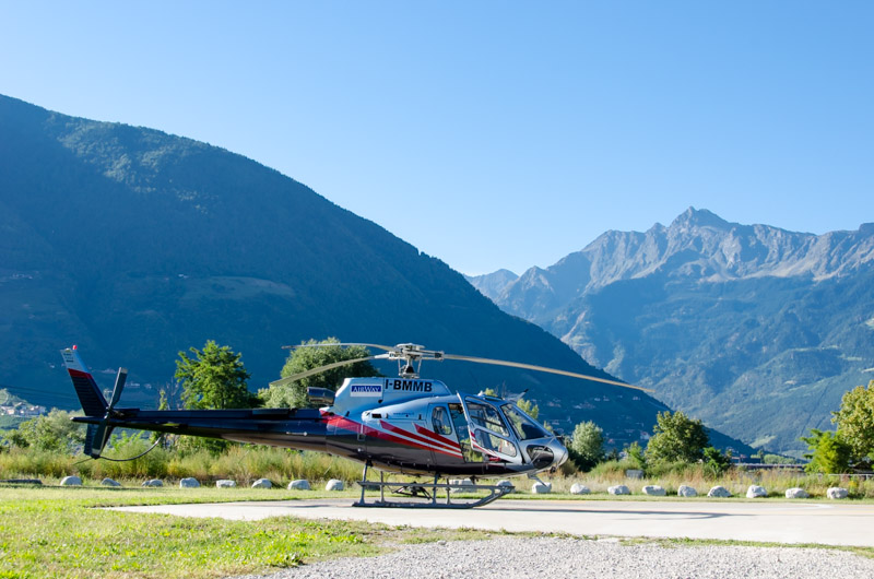 Dolomiten Rundflug-Hubschrauber Ecureuil AS 350 B3+
