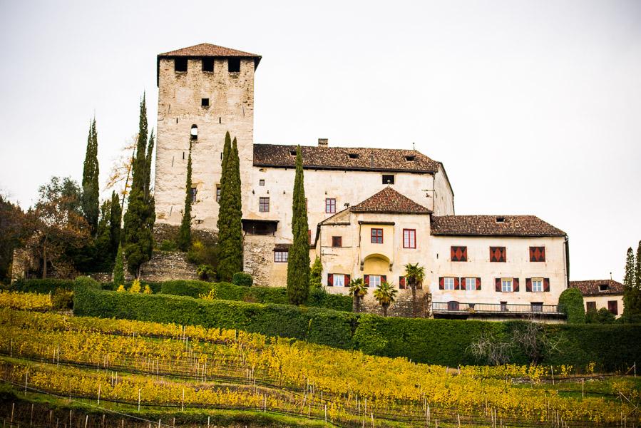 Schloss Lebenberg am Waalweg Marling